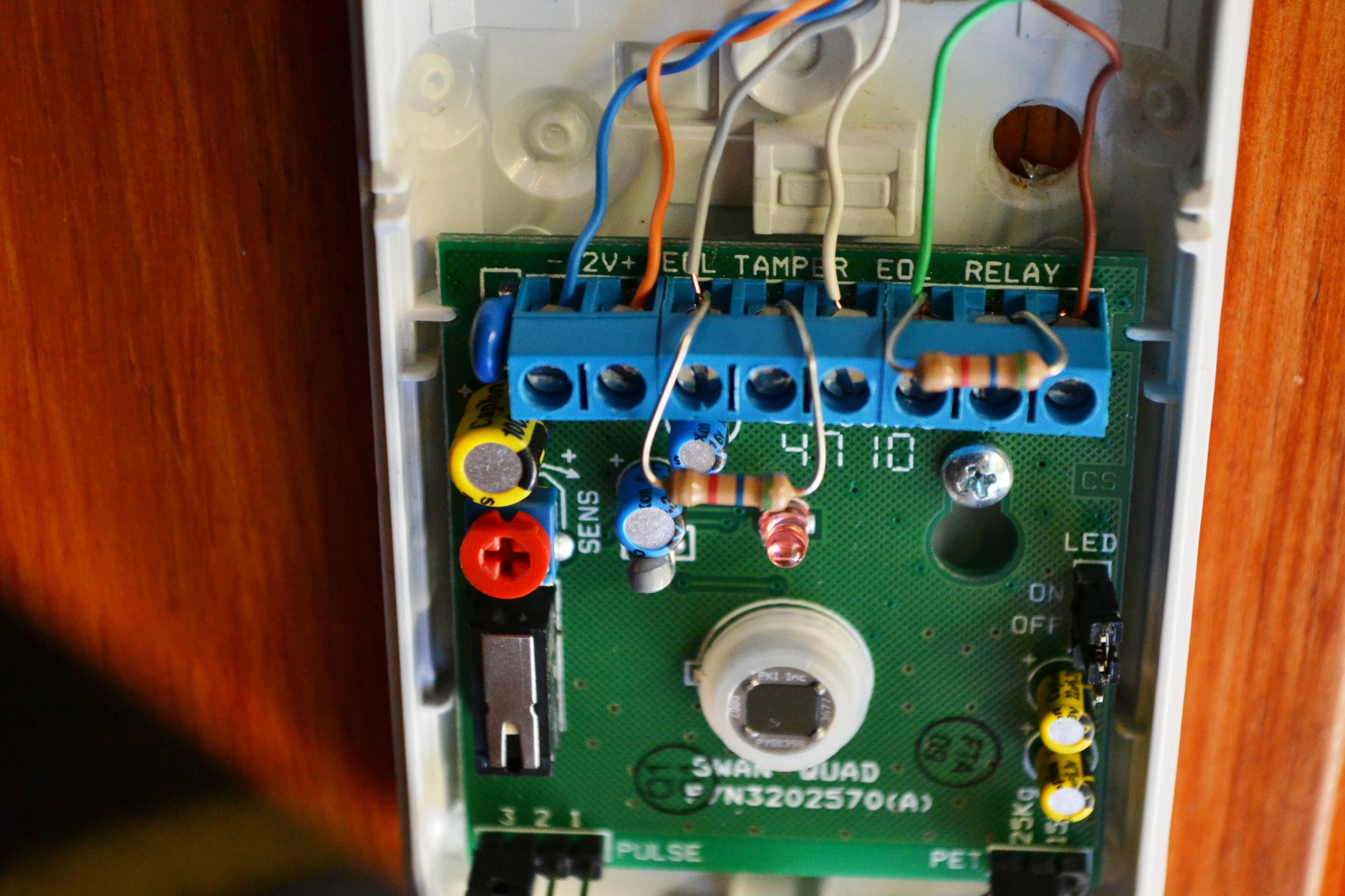 Para que sirven las resistencias de fin de linea curso instalacion de alarmas - Poner linea telefonica en casa ...